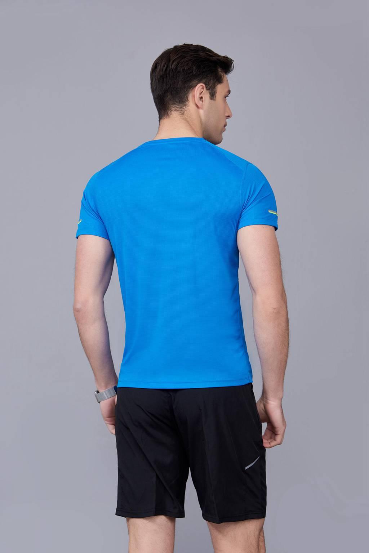 春夏季潮流新品 男士短袖上衣 时尚运动T恤衫