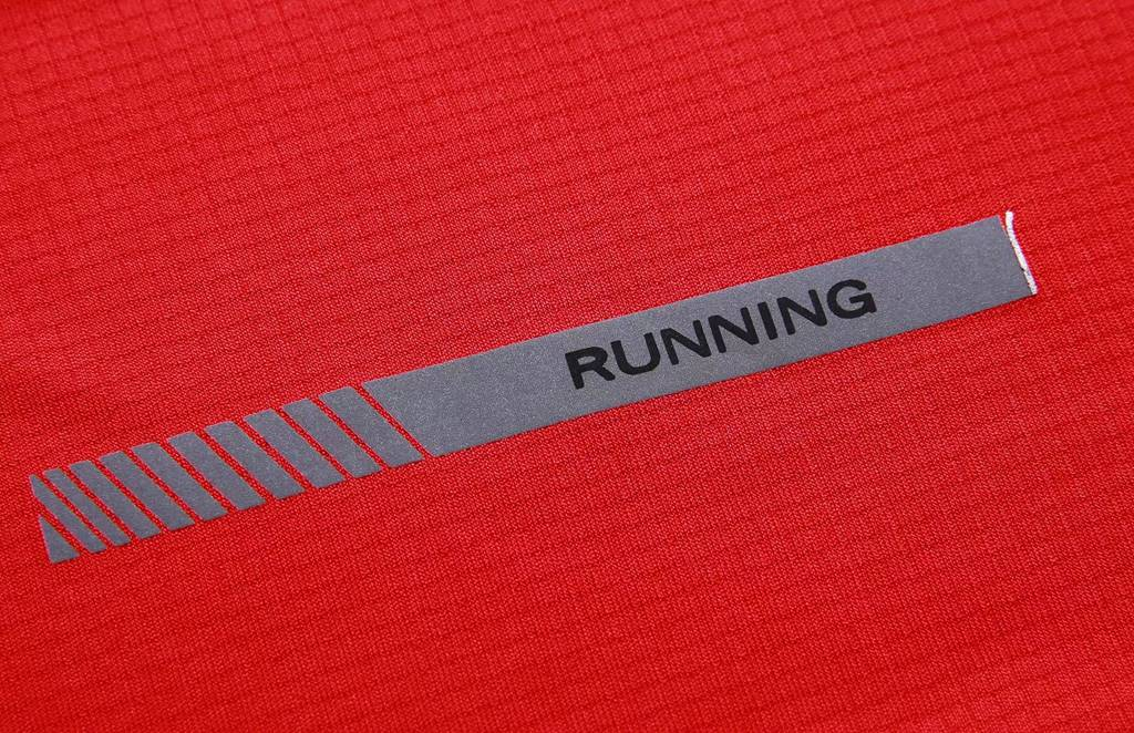 短袖夏季圆领吸汗速干透气文化衫 运动T恤跑步健身衣 红色细节